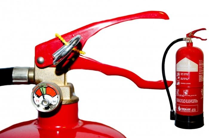 Hoe gebruik je een brandblusser?